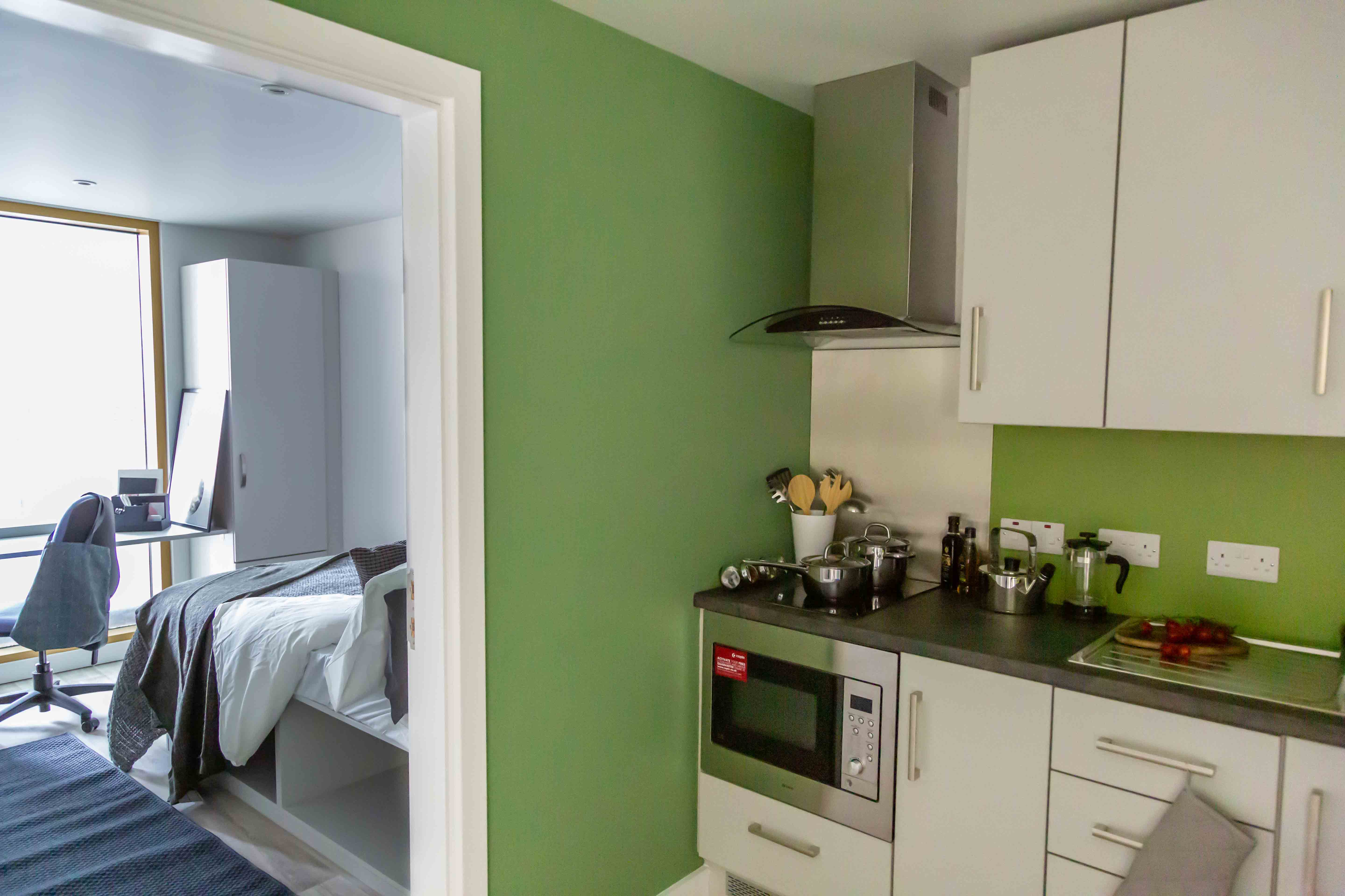 Cluster Kitchen and Bedroom