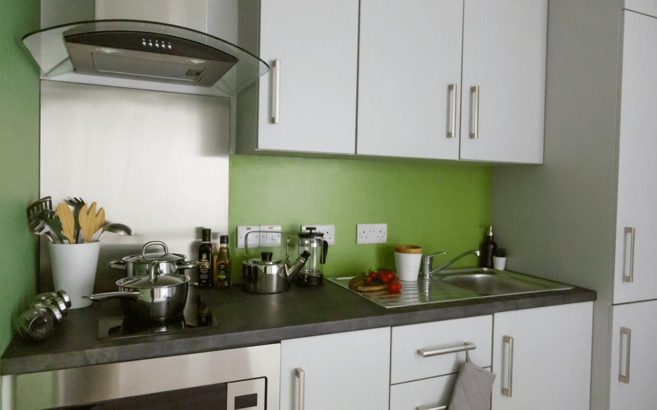 Cluster kitchen
