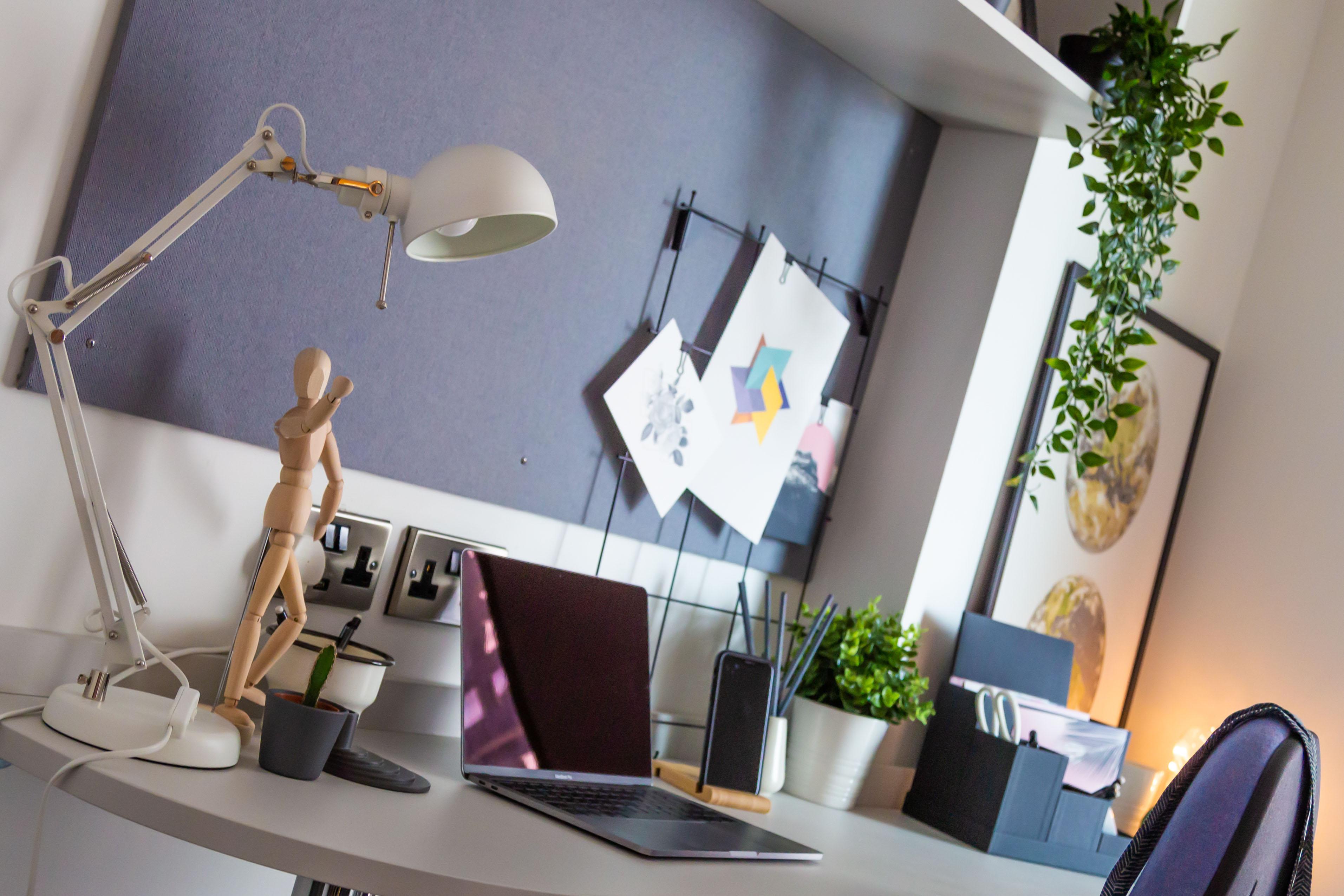 Studio Desk Space 3